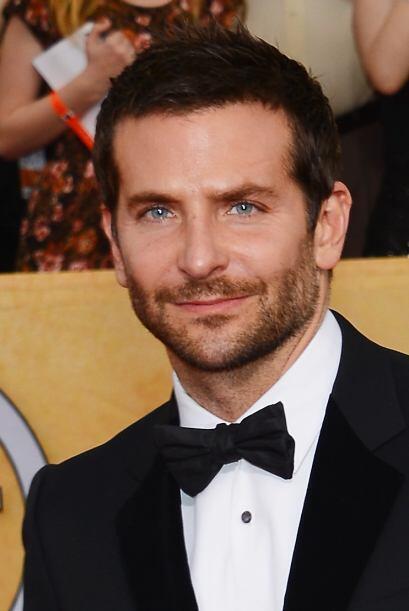 Este actor también es la envidia de muchos hombres, no sólo por su galan...
