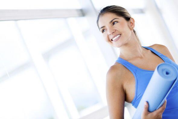 Hacer ejercicio y mantener un peso saludable es una buena manera de ayud...