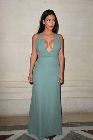 ¡Kim Kardashian también pasó lista! La socialité se dio un tiempo para a...