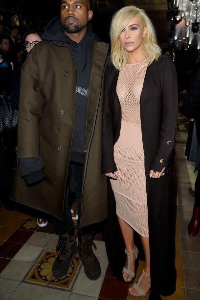 """Después de teñirse el pelo de rubio, ahora Kim se puso este """"lindo"""" vest..."""