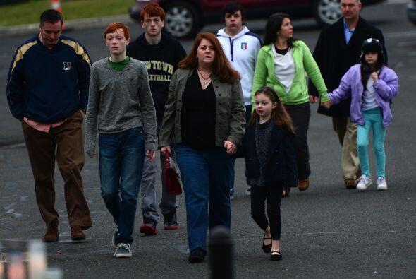 El fatal tiroteo del viernes 14 de diciembre en la escuela elemental o p...