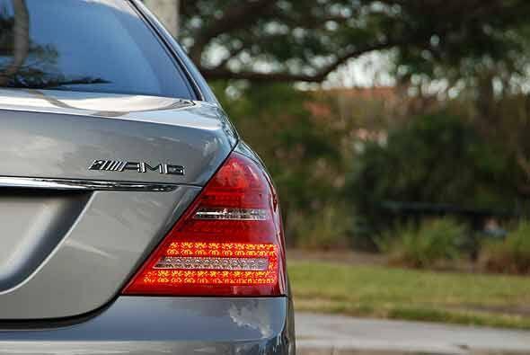Mercedes-Benz logró llevar a la categoría súperdeportivo al Clase S grac...