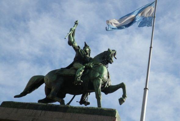 Los monumentos argentinos no han pasado desapercibidos para la gente que...