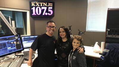 Shelly Lares premieres new single 'Devuélveme El Corazón' on KXTN