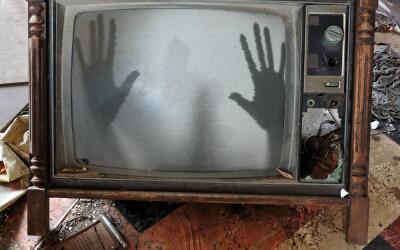 Captan en foto 'fantasma' de la plantación Myrtles 10.jpg