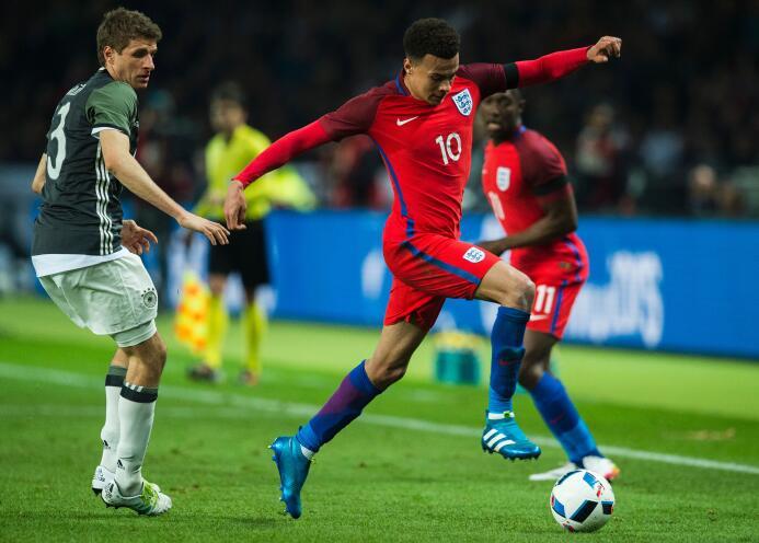 Inglaterra remontó dos goles de Alemania y venció 3-2 al campeón del mundo