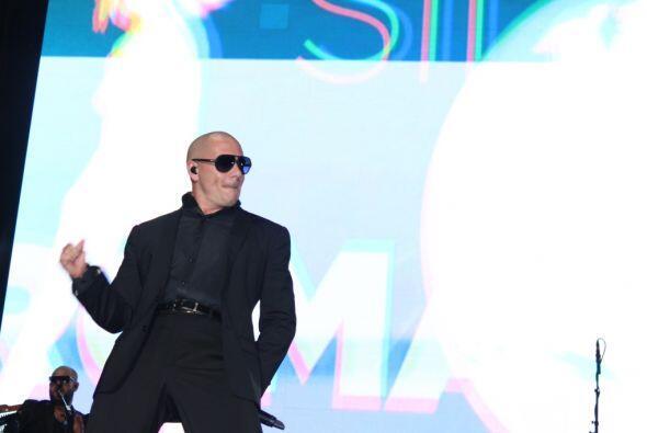Pitbull en H2O Music Festival de Los Angeles