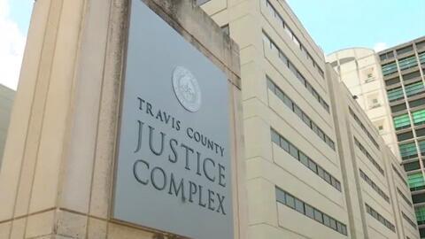 El Condado de Travis en Texas busca retrasar deportaciones de indocument...