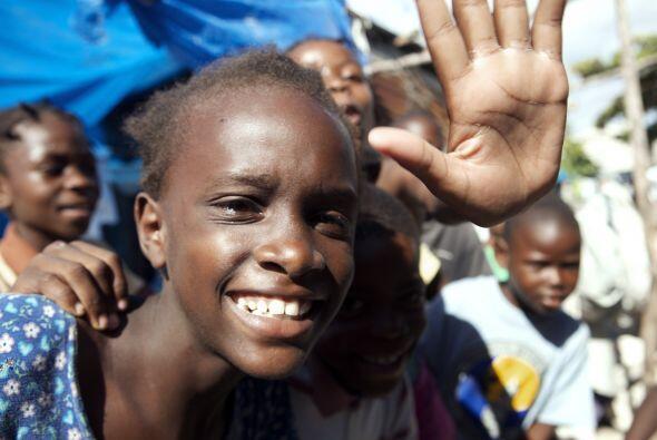 A ocho meses del terremoto que devastó a Haití, los escombros siguen en...
