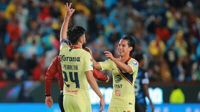Oribe Peralta y Diego Lainez, dos piezas claves que definirán esta semana su futuro en el América