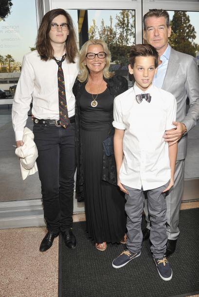 Así se ven actualmente sus hijos, Dylan el mayor y Paris, que ya acompañ...