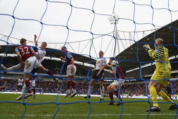 El resultado final fue Bolton 3, Aston Villa 2. Con un total de 5 goles,...
