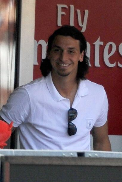 El suspendido Zlatan Ibrahimovic también vio el juego desde un palco.