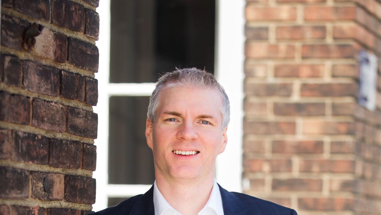 Brandon Chrostowski, dueño del restaurante Edwins en Cleveland, EEUU.