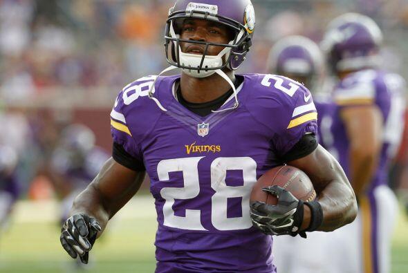 1.- Adrian Peterson, corredor, Minnesota Vikings.