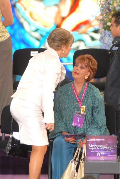 Desafortunadamente el médico le informó que no podía operarla por el lug...