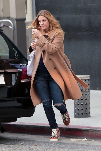 Los 'jeans' siempre serán un básico Tú al igual que Drew Barrymore puede...