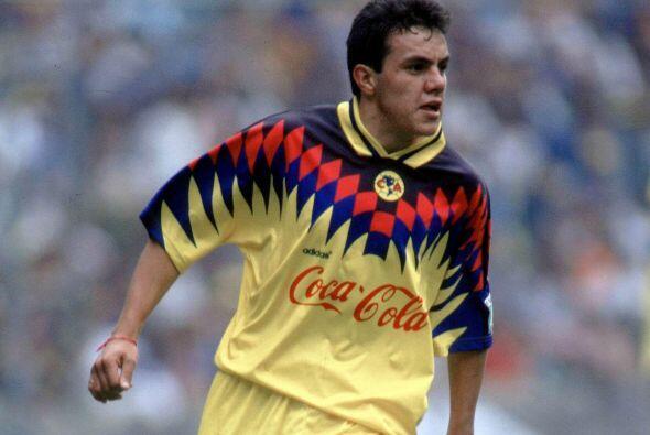 Cuauhtémoc Blanco inició su carrera con el América...