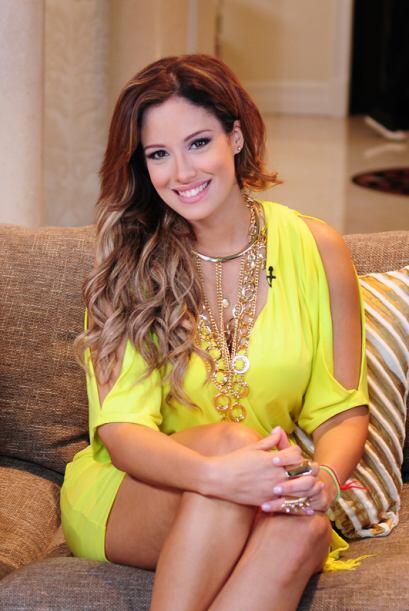 Aleyda Ortiz estaba muy bella de amarillo.
