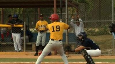 El béisbol es una pasión entre los jóvenes de la República Dominicana.