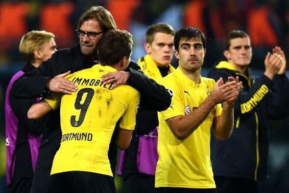 Sin problemas el Borrusia Dortmund derrotó 4-1 al Galatasaray y avanzó a...