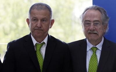 Decio de María llegó de elogios a Juan Carlos Osorio y lo blindó contra...