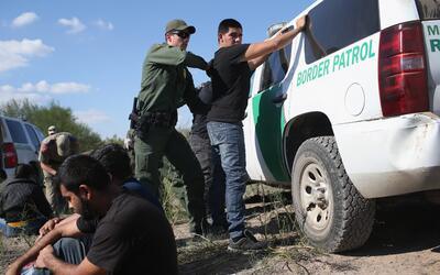 La Patrulla Fronteriza en Arizona reportó un fin de semana ocupado con r...