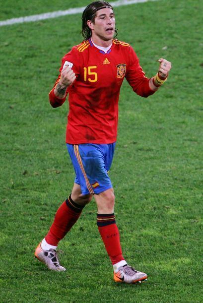 Sergio Ramos.- La poderosa defensa española no estaría completa sin este...