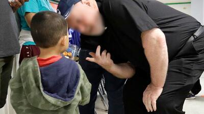 La incertidumbre marca la llegada a Nueva York de los niños que fueron separados de sus padres en la frontera