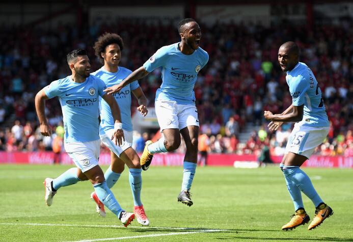 1. Manchester City (Inglaterra): gastó 244,3 millones de euros fichando...