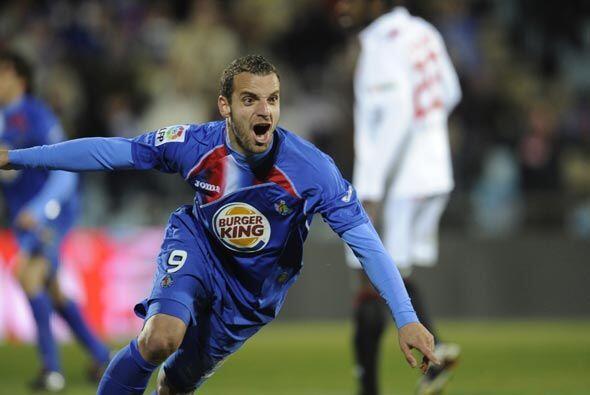 Roberto Soldado puso el 1-0 a favor del Getafe con un cabezazo que trajo...