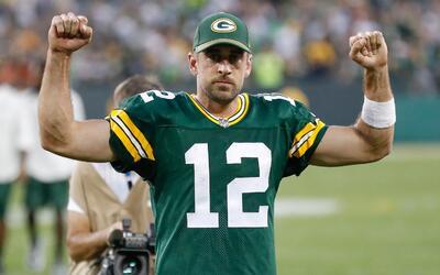Aaron Rodgers comandó el regreso de los Packers en Lambeau Field.