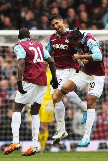 West Ham consiguió un importante triunfo ante el Stoke City por 3 a 0.