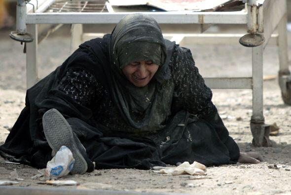 3 de marzo - 30 muertos y 45 heridos por la explosión de dos coches-bomb...