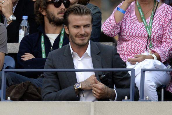 David Beckham dejó a Victoria en los eventos de moda. Mira aquí lo últim...