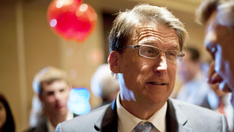 El gobernador de Carolina del Norte Pat McCrory (republicano).