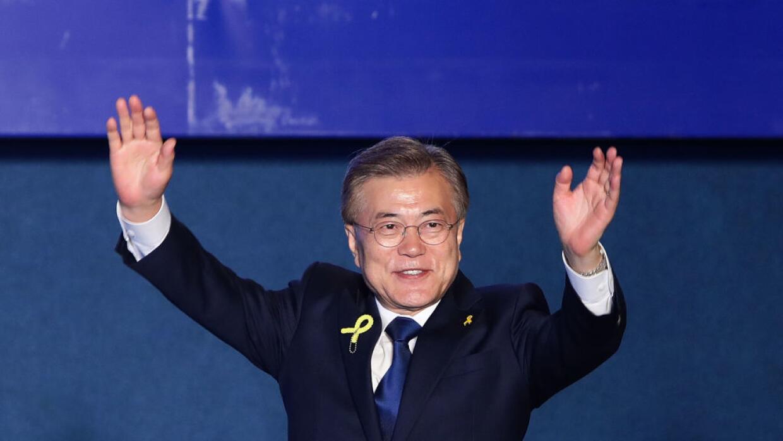 Moon Jae-in arrasó en las elecciones por su mensaje anticorrupción y de...