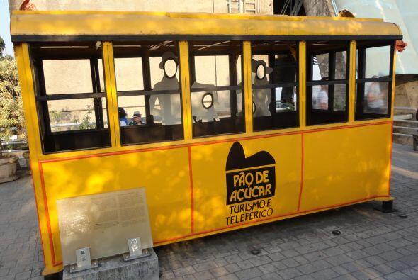 Este es uno de los primeros carritos de teleférico que subían a Pan de A...