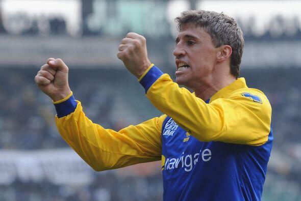 Hernán Crespo, el eterno goleador, hizo otro tanto y al final el Parma s...