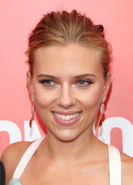 Scarlett Johansson es considerada como una de las más besables de la ind...