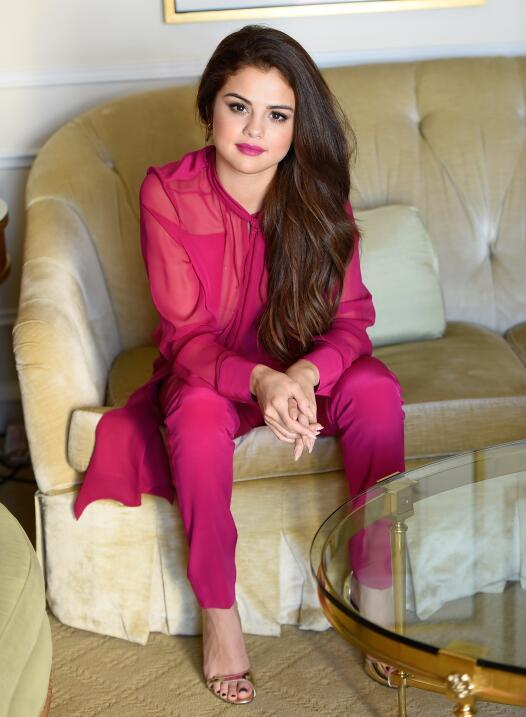 Cabe resaltar que en la casa de Selena se encontraban otras amistades de...