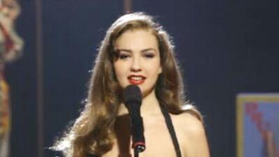 Desde 1995, mira todo lo que Thalía ha cantado, lucido y presentado en Premio Lo Nuestro