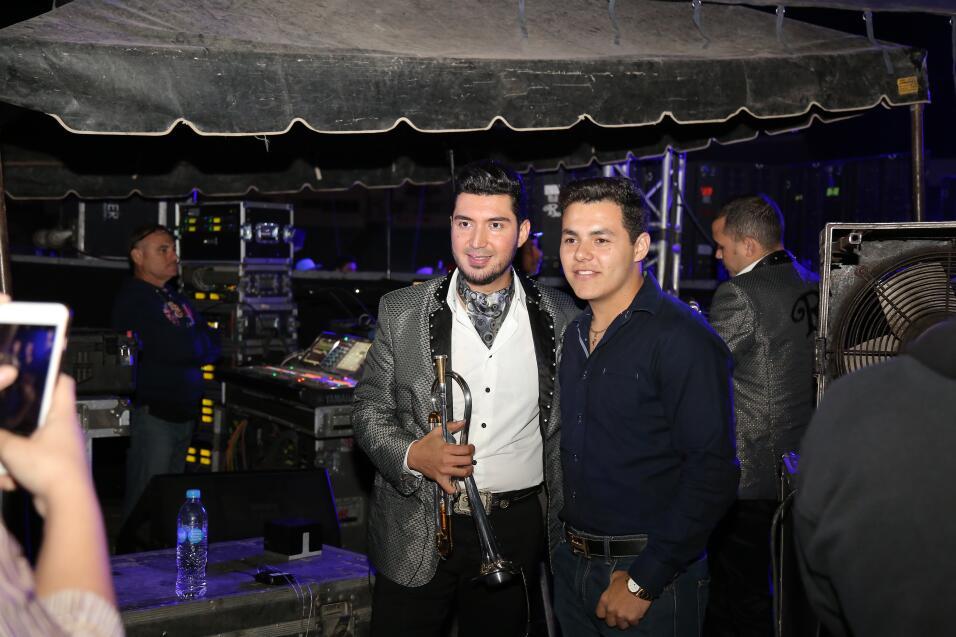 Backstage con El Recodo