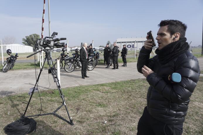 6. Además del cubrimiento de rigor, serán varios los medios argentinos l...