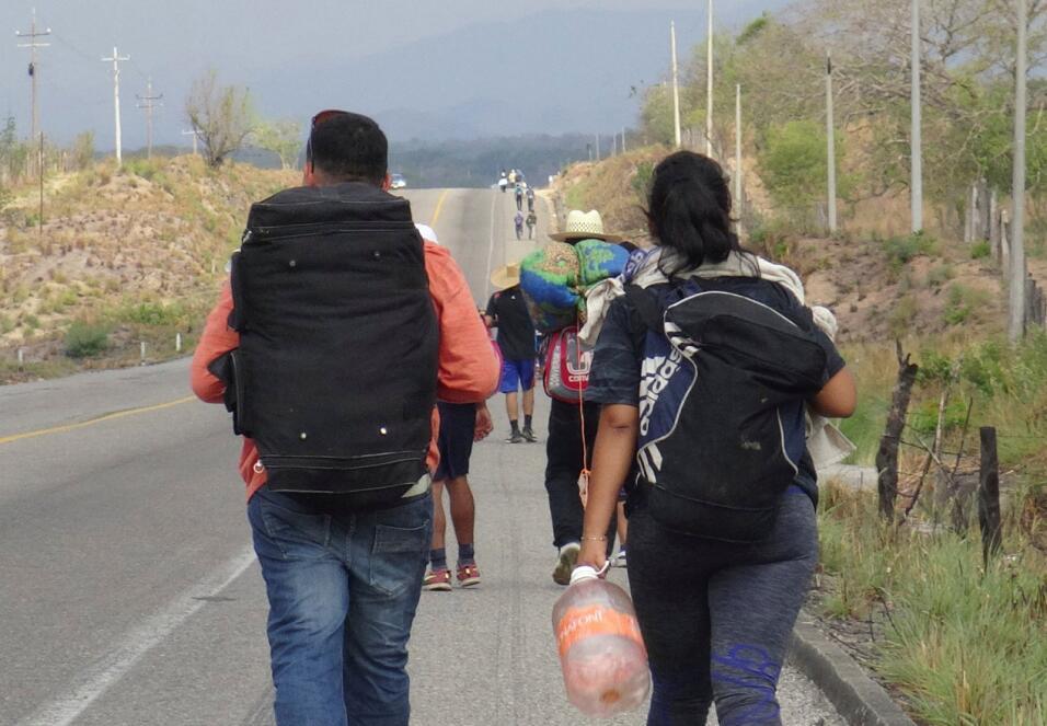 Grupos mexicanos de apoyo a los inmigrantes se han organizado para inmig...