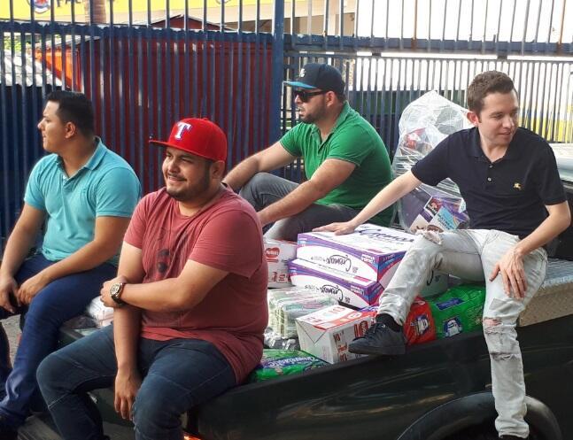 Grupos y cantantes de regional mexicano se unen para ayudar a México laa...