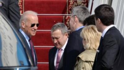 El vicepresidente de EEUU llega a Kiev para mostrar apoyo del gobierno a...