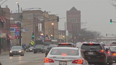 Activistas presentan plan para frenar el desplazamiento urbano en el vecindario de Hermosa, en Chicago