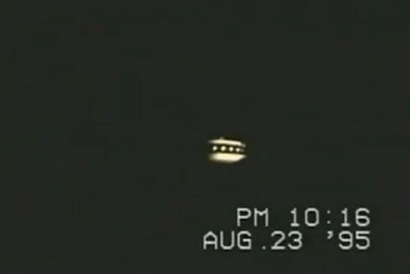Esta imagen fue capturada el 23 de agosto de 1995 en medio de la carrete...
