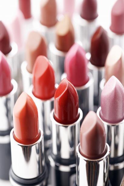 La forma de tus labios. Para elegir tu labial ideal, además de tu tono d...